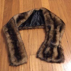 Vintage Accessories - Faux Fur Scarf